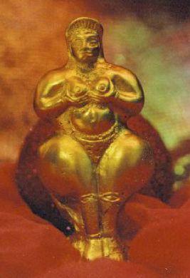 Ishtar Gold Statue